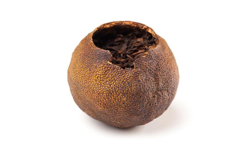 pu-erh-del-té-llena-en-mandarín-secado-36060968